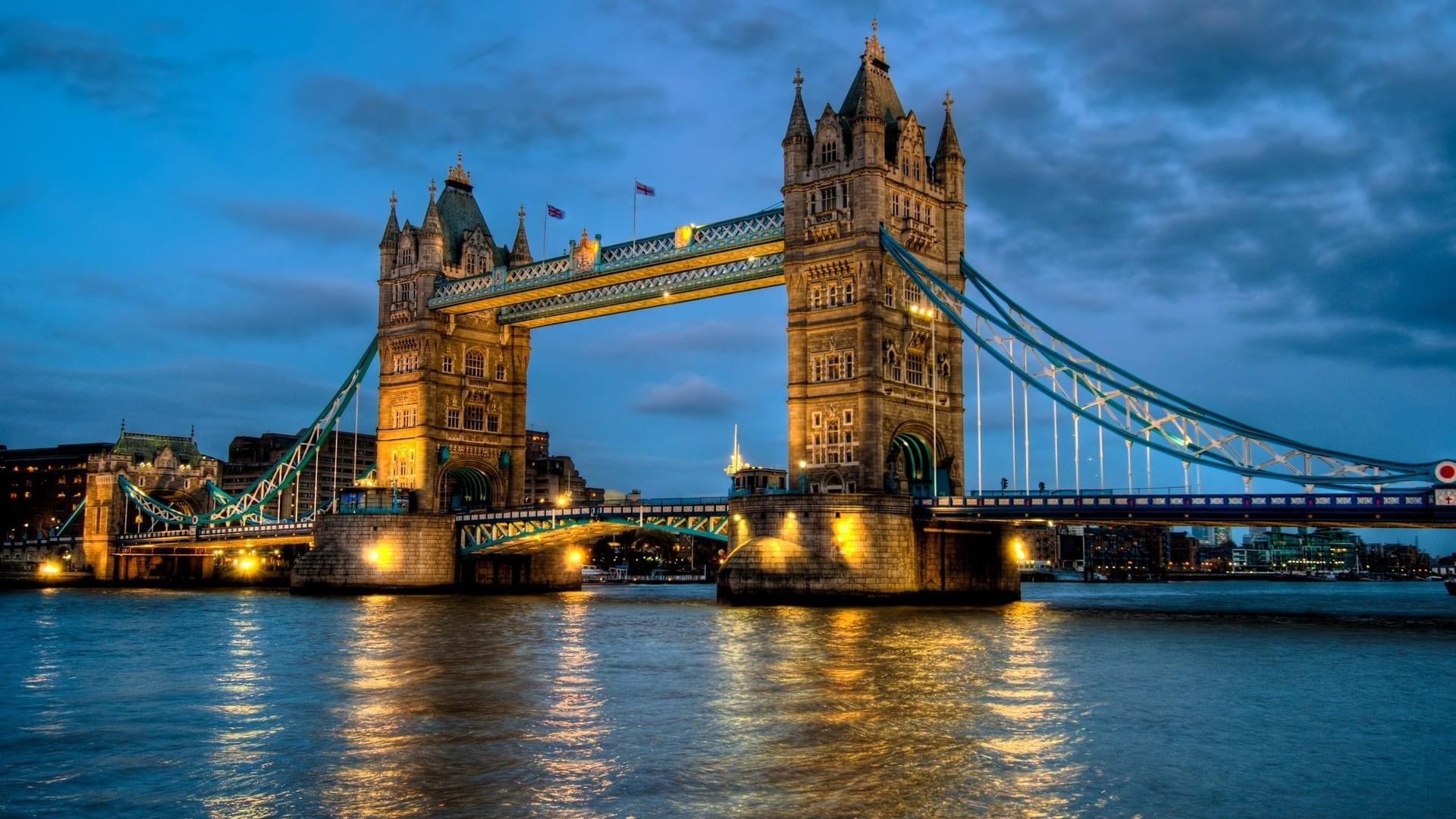 پل تاور بریج لندن
